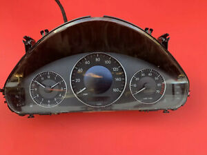2005 2006 Mercedes W211 E320 Instrument Cluster Speedometer Oem A2115409911