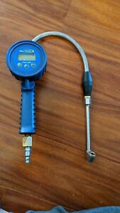 Blue Point Tpgdl1000b Digital Tire Pressure Gauge Inflator Chuck Air