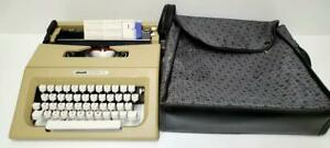 Olivetti Lettera 25 Portable Typewriter W Original Soft Carry Case And Manual