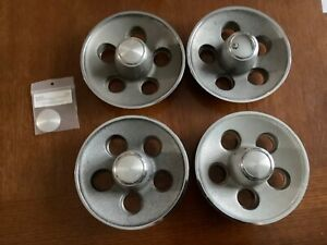 Mopar 4 Rally Wheel Center Caps Small Bolt Pattern Dart duster A Body 1970 71