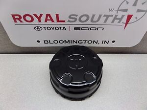 Toyota Fj Cruiser Steel Wheel Center Cap Genuine Oem Oe