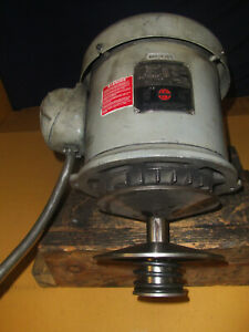Bridgeport 2hp 2j 3ph Spindle Drive Motor W new Pulley