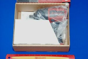 New In Factory Packaging Snap on Tools 1 2 Drive Red Air Impact Wrench Pt850