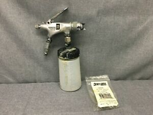 Used Devilbiss Eghv 531 Hvlp Spray Gun Type Tgs 8 Oz Cup Free Shipping