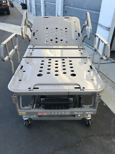 15 000 Hill rom Electric Hospital Bed Perfect Condition Free Local Delivery
