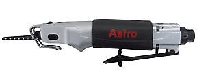 Astro Pneumatic Air Body Saber Saw With 5 Blades 930