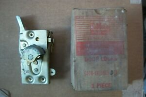 Nos 1960 63 Falcon Door Latch Assy C0db 6421813 D