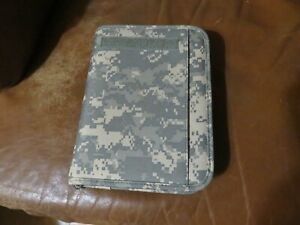 Acu Digital Camo Planner 3 ring Organizer Zip Closure 7 5 By 10