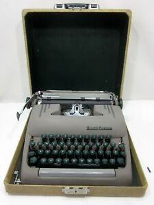 1953 Smith Corona Silent Typewriter 5s Series Tweed Case
