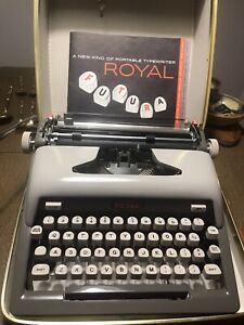 Vintage Royal Typewriter Futura 800 Portable Manual Case Mid Century Modern