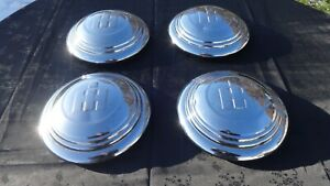 Vintage 1950s 1960s International Pickup Travelall Hubcaps 9 Inch 1 2 Ton Truck