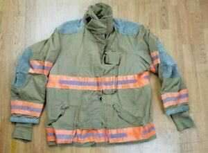 Globe Firefighter Bunker Turnout Jacket 46 Chest X 32 Length Halloween
