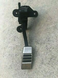 2010 2014 Ford Mustang Gt Premium Gas Acceleration Pedal Oem