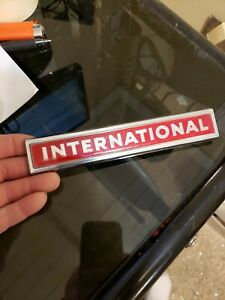 Nos 1971 International Scout Travelall Rear Tailgate Grille Emblem Oem