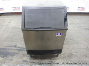 Manitowoc Uyfo140a 140 Lbs Under Counter Ice Machine Air Cooled Half Size Cube