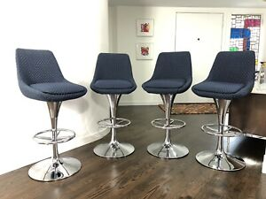 Mid Century Modern Set Of Four Burke Style Chrome Swivel Bar Stools