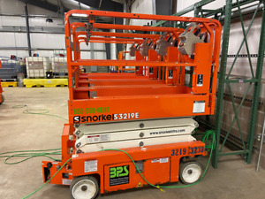 Used 2017 Snorkel Scissor Lift Model S3219e