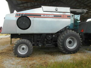 1997 R62 Gleaner Combine 2wd Sn R6267127 2066 Separator Hours