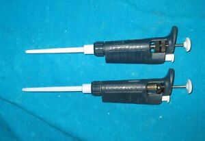 Two Gilson Pipetman Pipettes P200