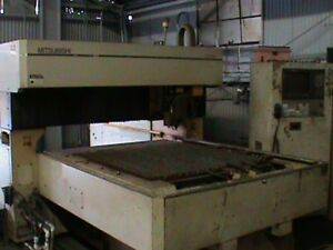 Mitsubishi Co2 3 Axis Cnc Laser Cutting System 1995 Model Ml3020d 3 0kw