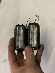 Pair Of Whelen Tir3 Bbbb Surface Mount Light Heads With Flanges Built In Flasher