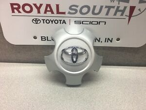 Toyota Rav4 2009 2012 17 Aluminum Alloy Wheel Center Cap 1 Genuine Oe