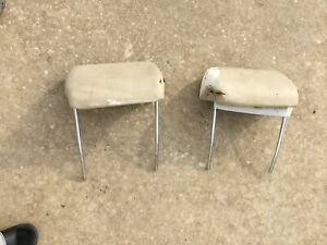 1969 1972 Pair Of Bucket Seat Headrests Chevelle Gto 442 Gs Oe Oem Pair