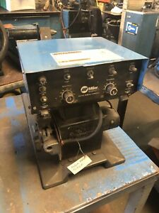 Miller Welder S52a Wire Feeder 2 Drive Roll Used Tested Great Condition