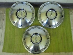 Nos 1967 Oldsmobile Hubcaps 14 Set Of 3 Wheel Covers 67 Olds Hub Caps