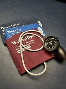 Welch Allyn Ds58 Sphygmomanometer Aneroid Family Practice Kit Cuffs