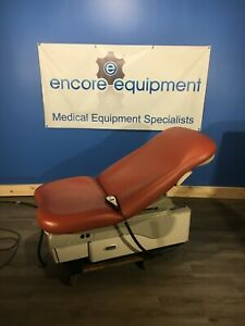 Midmark 623 Powered Exam Table W Foot Hand Controller 6 Month Warranty