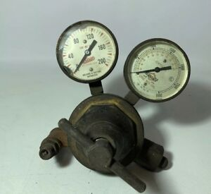 Gasweld Oxygen And Meco Welding Regulator Valves And Gauges