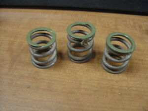 3 Nos Over Drive Rear Clutch Engagement Springs Mgb 68 80 Od Overdrive