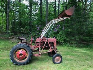 Farmall Cub Tractor With Loader