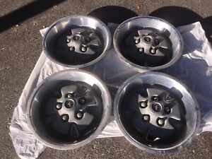 1970 Ford Mustang Mach 1 Hubcaps Wheel Covers Set Of 4 Original Authentic Oem