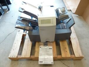 Pitney Bowes Di350 Folder inserter Looks Complete Tested To Fold Papers E