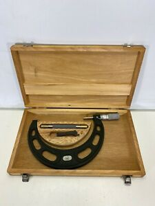 Nsk 5 6 Outside Micrometer Yux06 0 0001 With Carbide Tip Ratchet Case