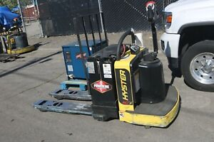 Hyster Electric Pallet Jack B60zhd 6 000lbs Low Hours 2017 With Charger