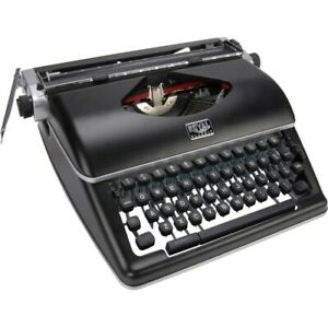 Royal Classic Manual Typewriter