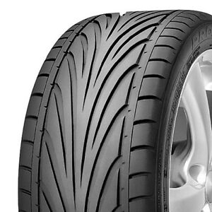 2 New Toyo Proxes T1r 255 30r20 Zr 92y Xl High Performance Tires