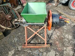 Antique New Holland No 6 1 2 Feed Mill Grinder Burr Hit miss Farm
