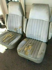 1987 Chevy Silverado Reclining Bucket Seats Out Of Oklahoma Truck