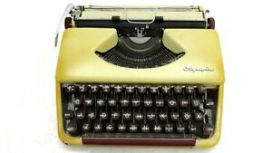 Pre 1963 Olympia Socialite Manual Typewriter Portable German Made Rare Early Sn