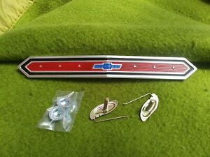 1965 Chevy Ii Nova Front Grill Emblem Trim Bow Tie Painted Aluminum W Clips New