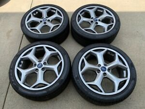 Focus St Rado Grey Factory Wheel And Tire Package With Tpms