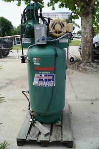 Champion Pneumatic Vertical Air Compressor Vr7f 8 7 5hp 3 Phase 230 V 80 Gal