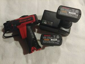 Snap On Set 14 4 V 1 4 Hex Drive Microlithium Cordless Impact Driver Cts761a