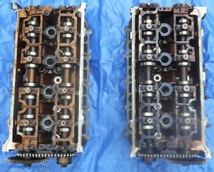 Pair Of Ford 4 6 Dohc Aluminum B Heads 96 98 Cobra Lincoln Mark Viii Cams Valves