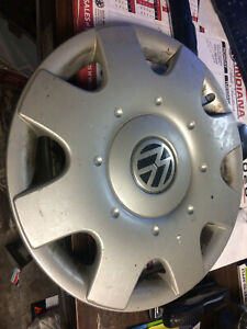Lot Of 3 Vw Volkswagen Beetle Passat Genuine Oem16 Hubcap Wheel Cover
