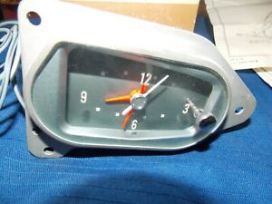 1961 Nos Ford Clock Galaxie Fairlane Sunliner